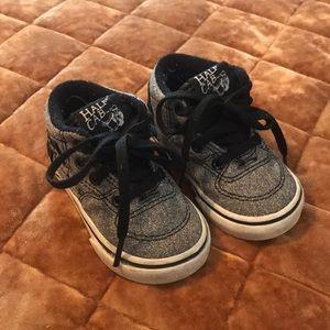 Vans toddler shoe size 4